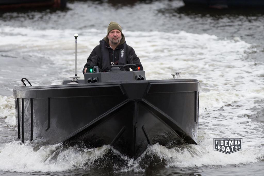 Tideman-Boats-slow-speed